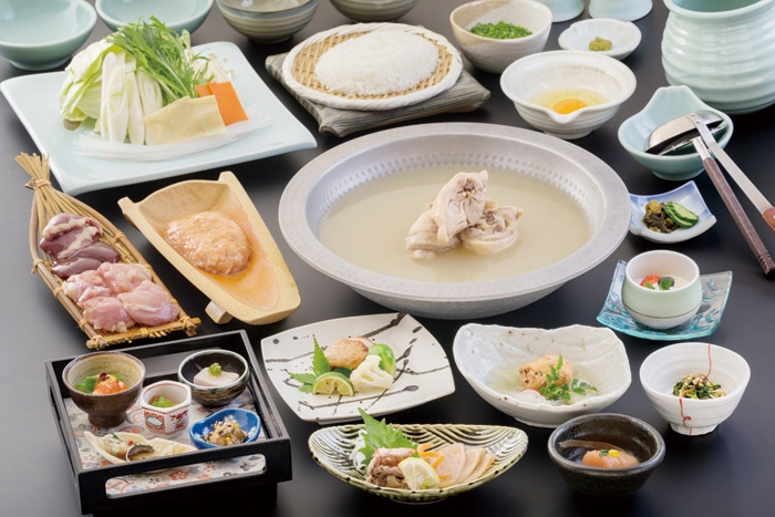 福岡・博多に来たら食べたい水炊きのお店5選!九州各地の銘柄鶏を味わい尽くそう!