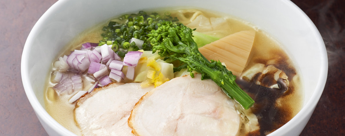 博多鶏ソバ 華味鳥 新宿三井ビル店>